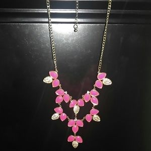 Jewelry - Pink and gold necklace